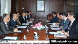 Pembicaraan antara Pakistan dan Afghanistan soal isu perbatasan di Islamabad (20/6).