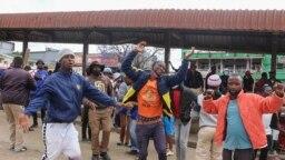 Manifestantes em Eswatini exigem reformas democráticas