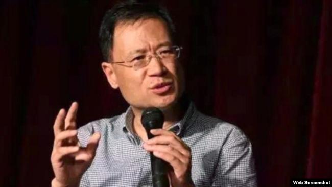 资料照:中国清华大学法学教授许章润 (推特图片)