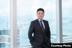 """德勤中国""""全球金融服务行业全国税务领导人叶伟文"""
