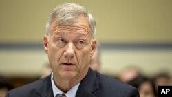 Letkol AS, Andrew Wood, mantan kepala tim keamanan AS di konsulat Libya memberikan keterangan di Capitol Hill (10/10).