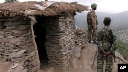 巴基斯坦軍人在邊境站崗