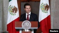 Le président mexicaine Enrique Pena Nieto donne un discours devant son corps diplomatique, au Mexique, le 11 janvier 2017.