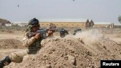 Obuka iračkih vojnika u kampu Tadži u Iraku