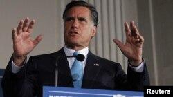 Por largo tiempo los conservadores republicanos consideraron a Romney demasiado moderado.