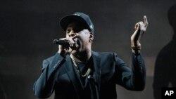 Jay-Z memimpin dengan meraih delapan nominasi Grammy Awards ke-60,