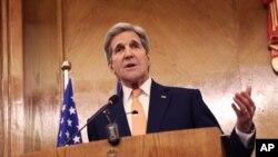 21일 존 케리 미 국무장관이 요르단 암만에서 가진 기자회견에서 러시아 측과 시리아 휴전을 위한 잠정합의에 도달했다고 밝혔다.