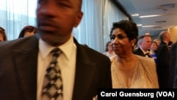 Queen of Soul Aretha Franklin heads to a reception at the annual White House Correspondents' Association dinner at the Washington Hilton in Washington, April 30, 2016.