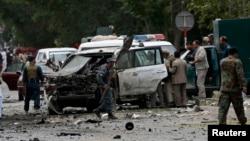 6月6日,巴基斯坦警方在喀布爾爆炸現場進行調查。