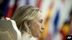 Ngoại trưởng Mỹ Hillary Rodham Clinton tại hội nghị Diễn đàn Khu vực ASEAN ở Phnom Penh, ngày 12/7/2012