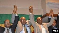 Para pemimpin koalsisi oposisi Medrek berkampanye di Ethiopia. Dari kiri, Negaso Gidada, Gizachew Shiferaw, Gebru Asrat dan Siye Abraha.