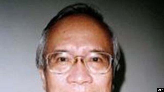 Đây là lần thứ tư Bác sĩ Nguyễn Đan Quế bị bắt trong 33 năm nay, thời gian ông bị giam giữ tổng cộng lên tới 20 năm
