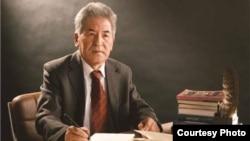 2017年1月,《中国民族》杂志介绍了维吾尔人名学家穆特里甫·斯迪克·卡依日的学术成果。