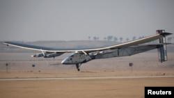 El avión Solar Impulse 2 llegó a El Cairo, Egipto, el miércoles, 13 de julio de 2016.