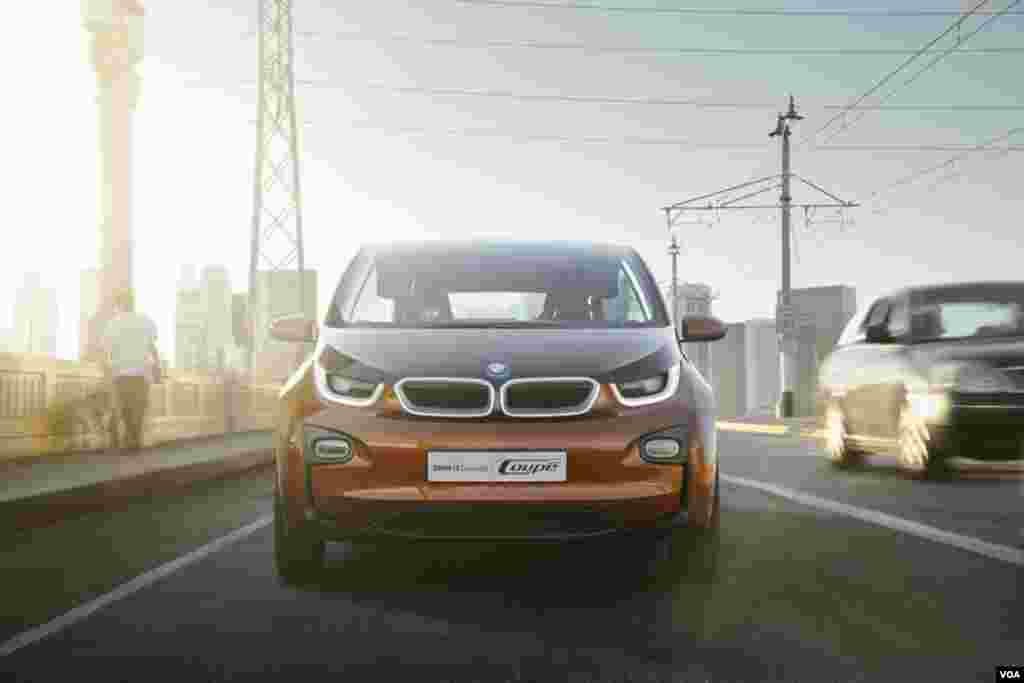 #1 BMW 13