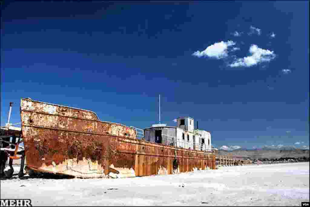 Urmiyə gölü quruyur
