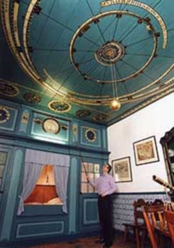 The oldest working planetarium was built by Eise Eisinga in the Dutch town of Frankston