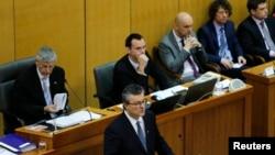 FILE - Croatia's Prime Minister-designate Tihomir Oreskovic (C) seeks approval for his government in parliament in Zagreb, Croatia, Jan. 22, 2016.