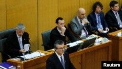 Vladi Tihomira Oreškovića izglasano nepoverenje