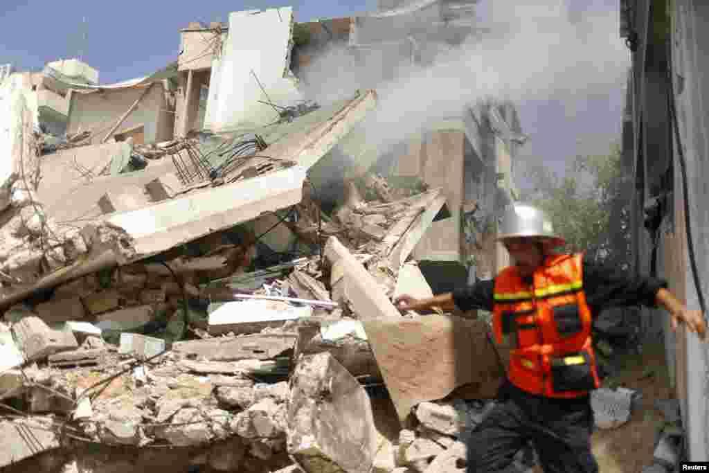 İsrail hava qüvvələri Qəzza şəhərini bombalayır - 23 iyul, 2014