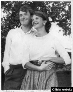 سیلویا پلات و همسرش تد هیوز