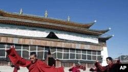 بھکشو کی خود سوزی کی ویڈیو سے مذہی آزادیوں کے چینی دعوؤں کی نفی