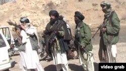 알카에다 무장세력이 지난 2000년대 아프가니스탄에서 활동하고 있는 모습. (자료사진)