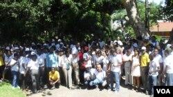 Mdicos moçambicanos em greve