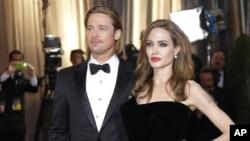 Pasangan Brad Pitt dan Angelina Jolie yang dijuluki 'Brangelina' telah mempunyai enam anak, termasuk tiga dari adopsi.