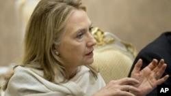 ລັດຖະມົນຕີການຕ່າງປະເທດ ທ່ານນາງ Hillary Rodham Clinton ຈະພົບປະກັບ ປະທານາທິບໍດີ Thein Sein ມື້ວັນສຸກນີ້.