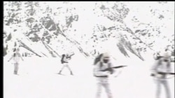2012-04-07 美國之音視頻新聞: 巴基斯坦發生雪崩百多名軍人被埋
