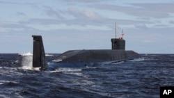 俄罗斯新型潜艇 - 尤里·多尔戈鲁基(2009年7月2日资料照片)