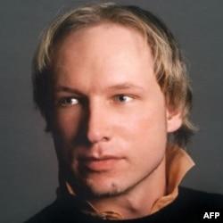 Har ikki xurujda 32 yoshli Anders Breyvik ayblanmoqda. U hozir hibsda.