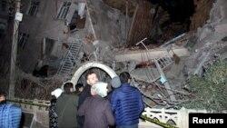 ساختمان های ویران شدۀ ناشی از تکان زلزله در ترکیه