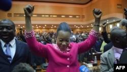 Catherine Samba-Panza célébrant son élection