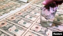 Según el Banco Mundial existe el riesgo de un golpe sustancial a los flujos de capital.