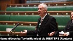 资料照片:英国下院议长霍伊尔在议会与新议员见面时讲话。(2020年1月15日)