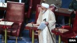 احمد جنتی اسفند ماه امسال ۹۰ ساله می شود.