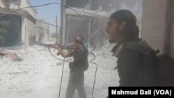 Giao tranh trên đường phố Manbij