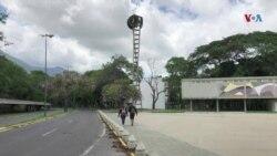 Venezolanos lamentan el deterioro de la Ciudad Universitaria