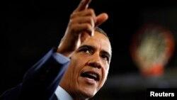 24일 바락 오바마 대통령은 미국 일리노이주 게일스버그의 녹스 대학을 찾아 집권 1기의 성과를 소개하고, 앞으로 경제 개혁 계획에 관해 연설했다.