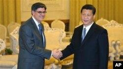美國新任財長杰克.盧21日結束中國之行返回美國﹐期間曾經與中國新一屆領導人習近平會晤。
