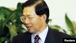 2001年10月19日,台湾外交部长田弘茂