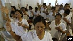 Các nhà hoạt động Philippines cầu nguyện cho một giải pháp hòa bình trong vấn đề Biển Đông