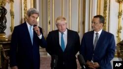 اقوام متحدہ کے نمائندہ خصوصی برطانیہ اور امریکہ کے وزرائے خارجہ کے ہمراہ