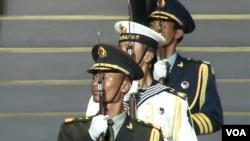 解放軍駐港部隊參加香港舉行的文藝晚會