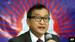 Lãnh tụ đối lập Campuchia Sam Rainsy.