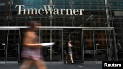 L'entrée de l'immeuble de Time Warner à New Yorl le 16 juillet 2014.