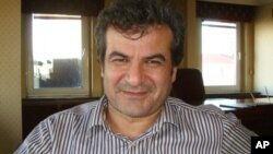 Mihemed Sanrî.