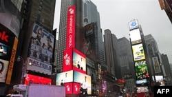Электронный щит c изображением рекламы Китая на Таймс-Сквер, Нью-Йорк, 18 января 2011г.